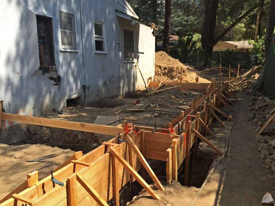 la canada rebuild architect addition major remodel new construction hillside home rash studio foundation slab garage formwork