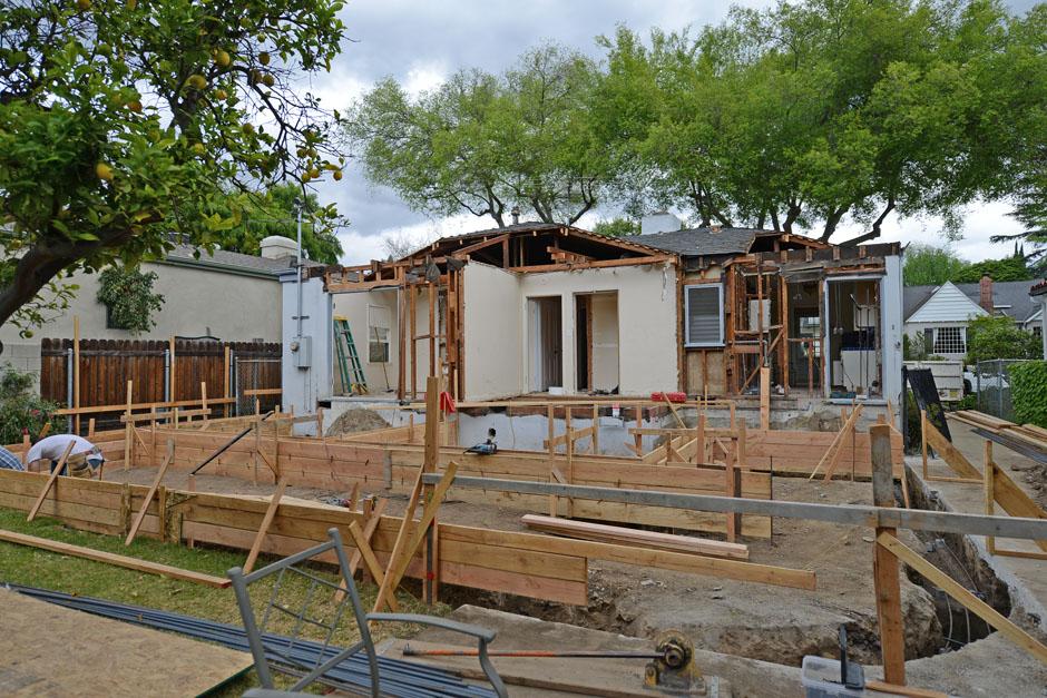 rash studio architect pasadena rear view footing progres 1